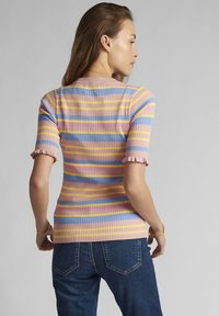 Nümph - Print T-shirt - peach skin - 1