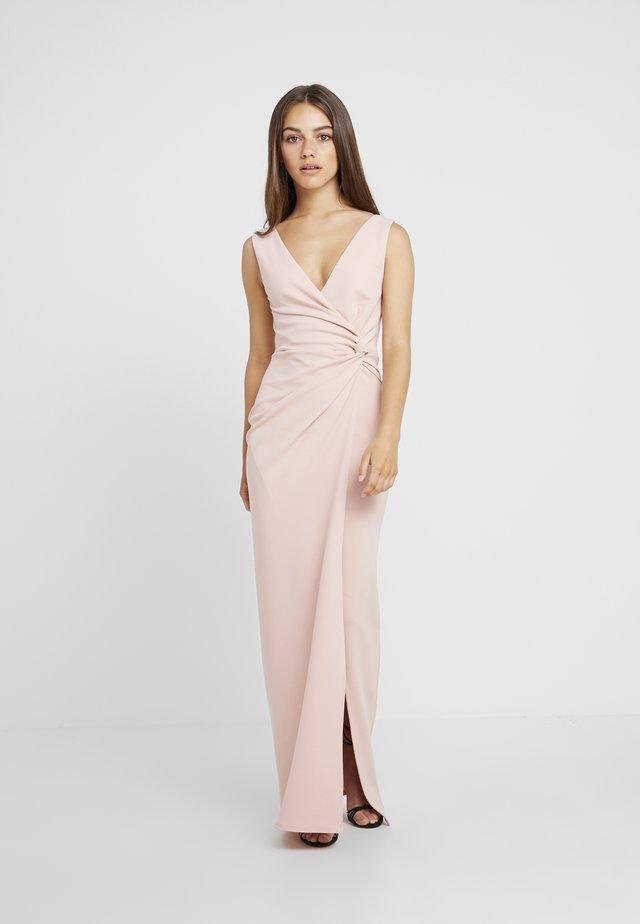 CHROME - Długa sukienka - blush