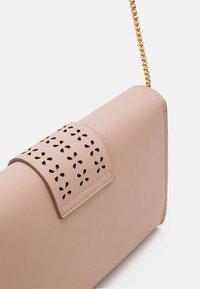 Anna Field - Pikkulaukku - pink - 2