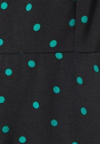 Even&Odd Petite - Maxi dress - black/green - 2