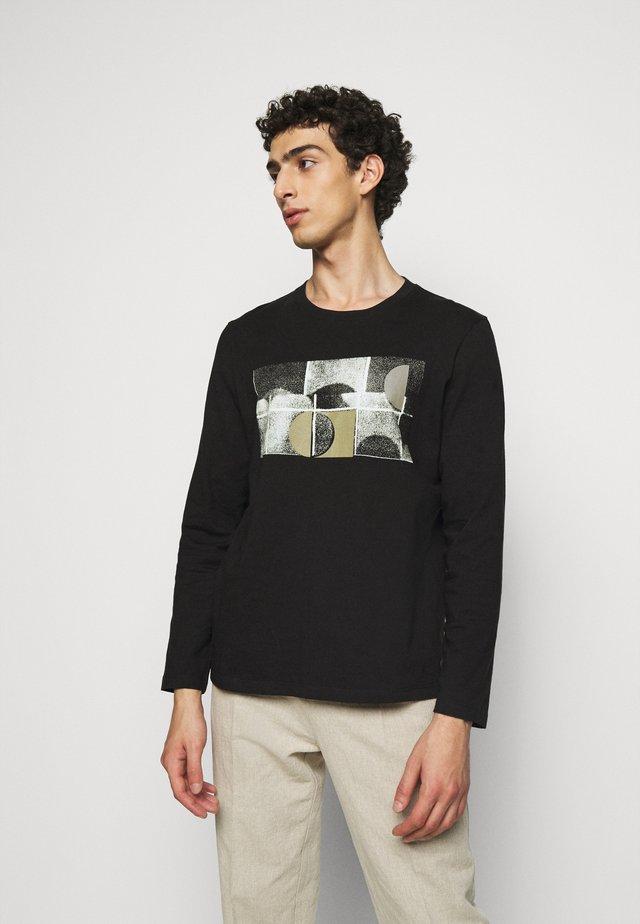 FRACTURE TEE - T-shirt à manches longues - black