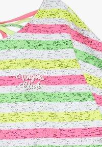 Vingino - ILENE - Print T-shirt - neon pink - 2