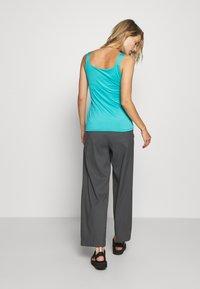 CMP - WOMAN DOUBLE - Sports shirt - ceramic - 2