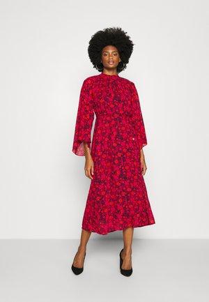 AGATHE DRESS - Robe d'été - pink winter