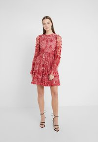 Needle & Thread - ANYA EMBELLISHED DRESS - Denní šaty - cherry red - 0