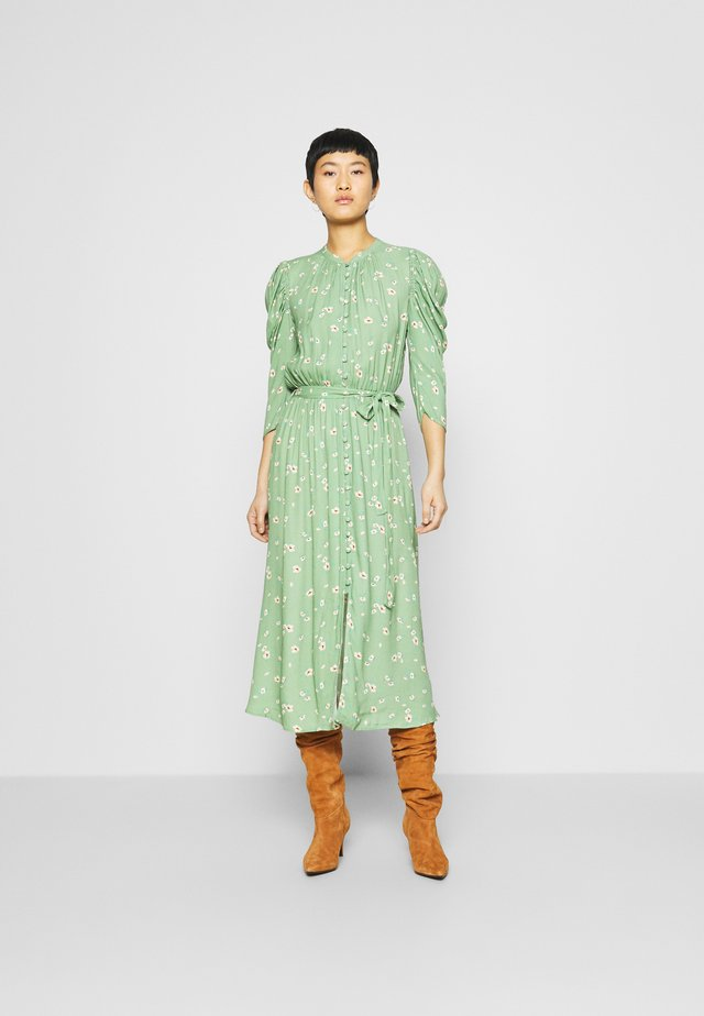 SHIRLIE DRESS - Korte jurk - green