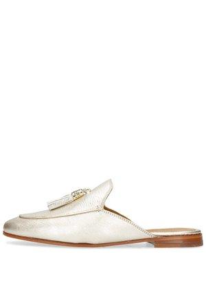 Sandaler - bisque