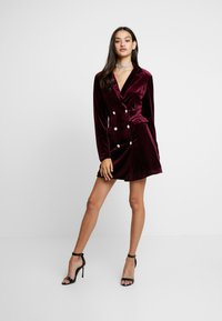 Missguided - LIGHT MAGIC BUTTON BLAZER DRESS - Robe d'été - burgundy - 1