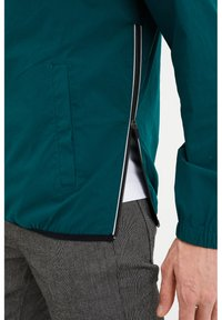 WE Fashion - Windbreaker - dark green - 4