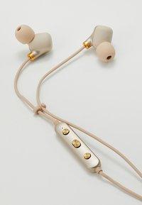 Happy Plugs - EAR PIECE II - Headphones - matte gold-coloured - 3