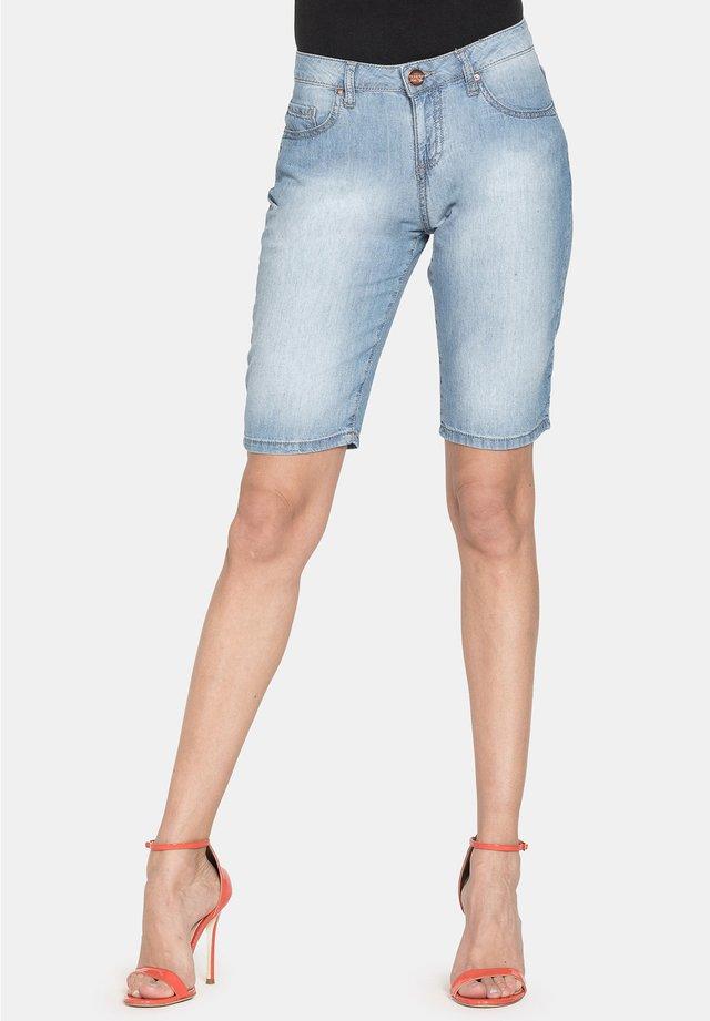 Shorts di jeans - lavaggio blu chiaro super stone wash