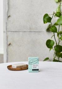 UpCircle - CHAI SOAP BAR - Soap bar - fennel & cardamom - 2