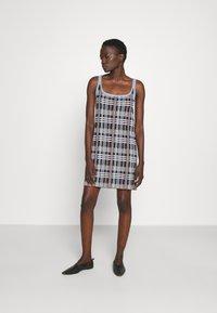 M Missoni - SLEEVELESS DRESS - Jumper dress - multicolor - 0