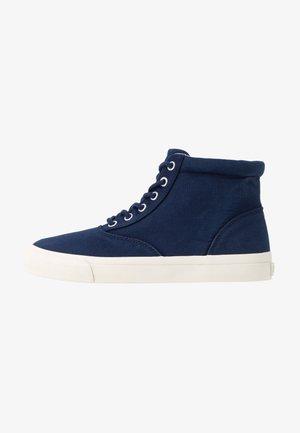 BRYN - Sneakers alte - newport navy