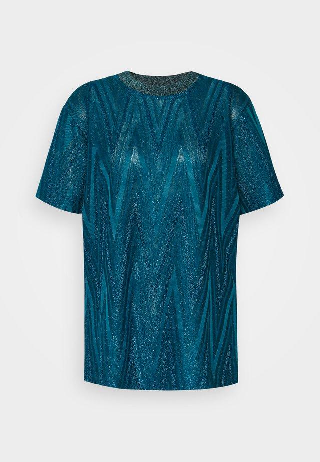 T-shirt med print - jersey zig zag lurex peacock