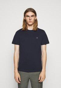 Les Deux - Basic T-shirt - dark navy/white - 0