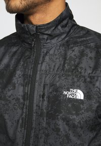 The North Face - TRAIN LOGO ZIP - Bluza - black/asphalt grey - 5