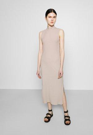 LORENE DRESS SCALE - Jumper dress - mole dusty light