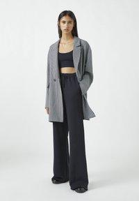 PULL&BEAR - Classic coat - grey - 1
