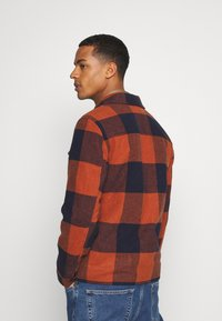 Only & Sons - ONSROSS NEW CHECK JACKET - Light jacket - bombay brown - 3