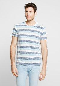 Solid - TJANOS - Print T-shirt - air blue - 0