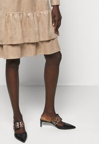 Marc Cain - Shirt dress - brown - 4