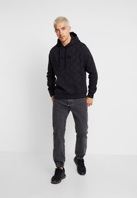 Nike Sportswear - HOODIE TRIPLE  - Sweat à capuche - black - 1