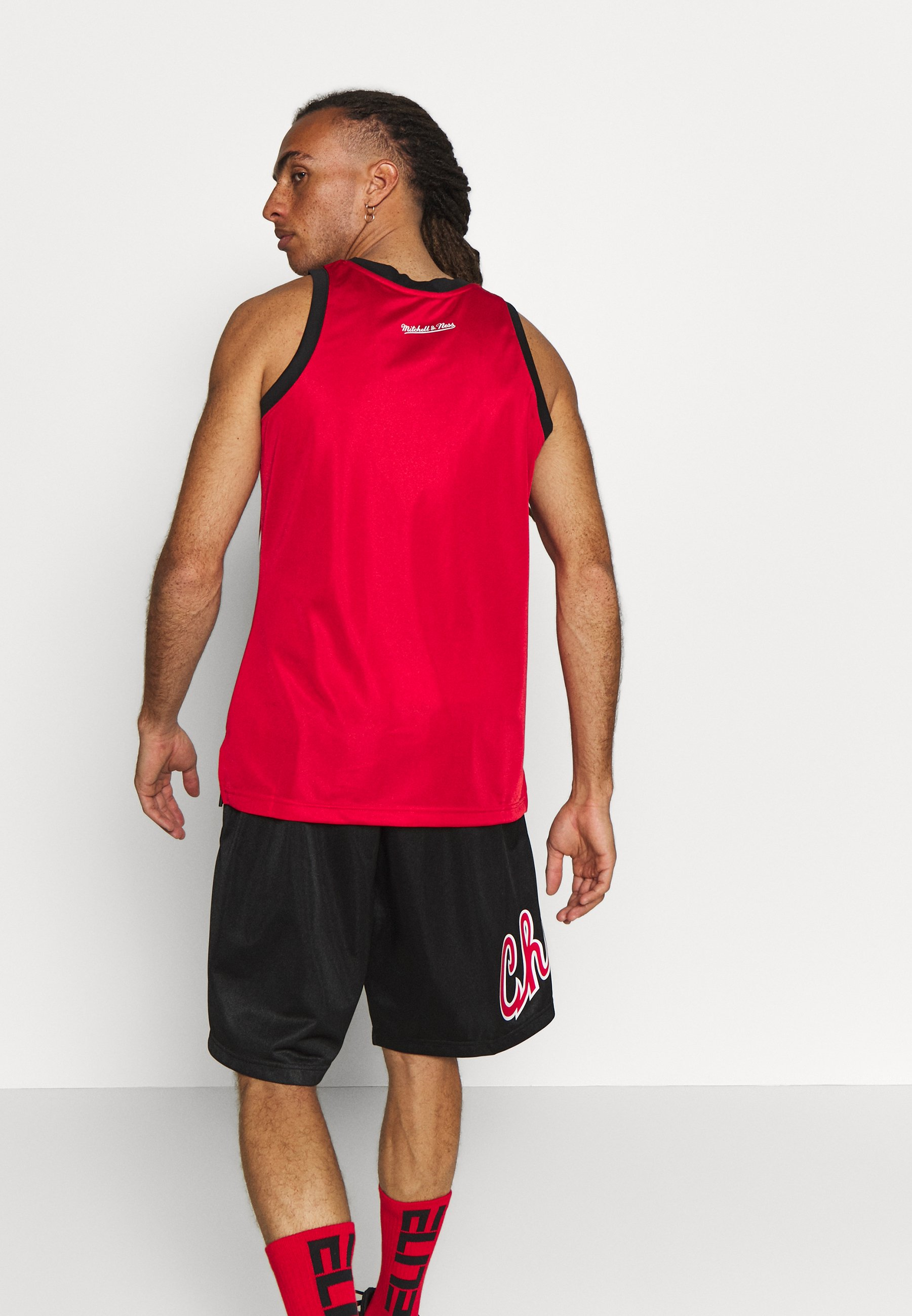 Mitchell & Ness NBA CHICAGO BULLS TEAM HERITAGE TANK - Article de supporter - raptors red