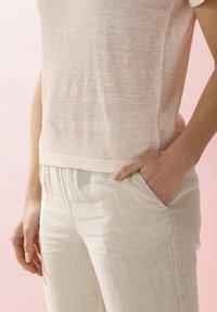 Rosa & Me - LELIA - Basic T-shirt - light blush - 5