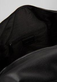 Pier One - UNISEX - Weekend bag - black - 2