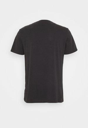 PRIDE TEE  - T-shirt med print - black