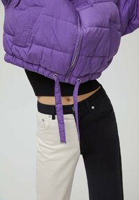 PULL&BEAR - Winter jacket - mottled purple - 5