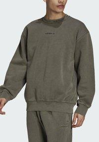 adidas Originals - Sweatshirt - brown - 3