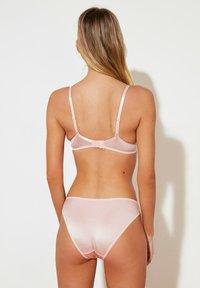 Trendyol - SET - Underwired bra - pink - 2