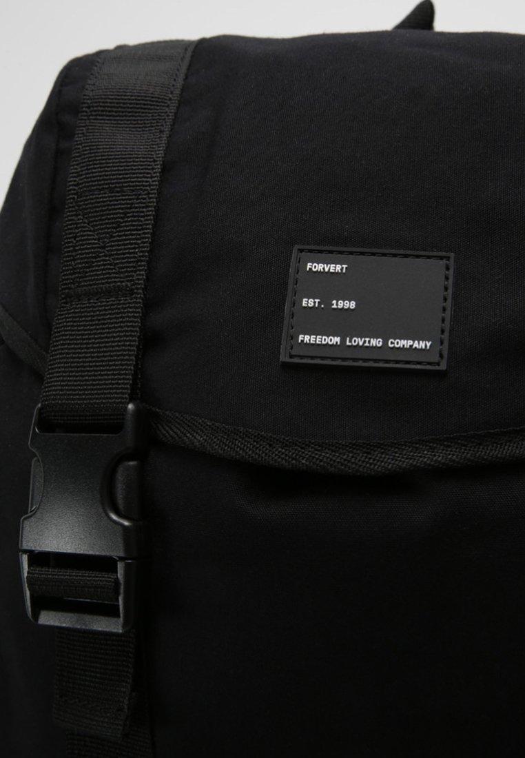 DILLON Tagesrucksack black
