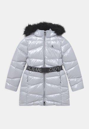 BELTED LONG COAT - Down coat - arctic ice