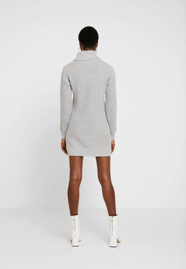 TURTLENECK DRESS - Neulemekko - grey