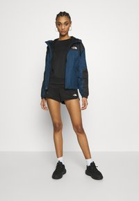 The North Face - TRAIN LOGO  - Shorts - black - 1