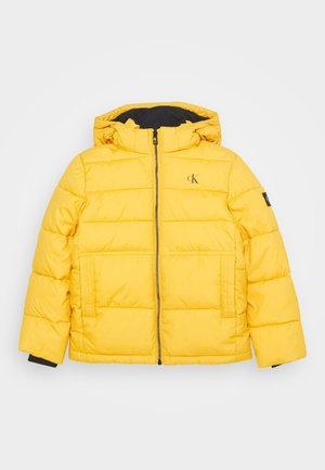 ESSENTIAL PUFFER JACKET - Chaqueta de invierno - yellow