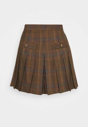 AISA - Shorts - marron