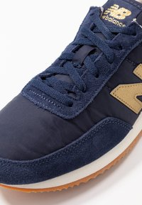 New Balance - WL720 - Zapatillas - navy - 2