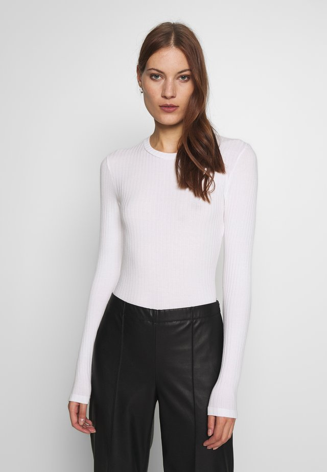 DUPINA - Vestido informal - white