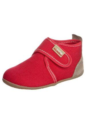 Domácí obuv - rot