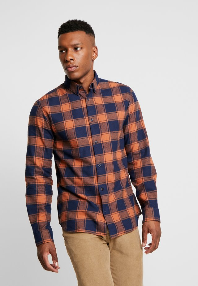 JORTOMMY COMFORT FIT - Shirt - mocha bisque