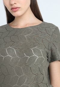 JDY - JDYTAG  - Print T-shirt - kalamata - 4