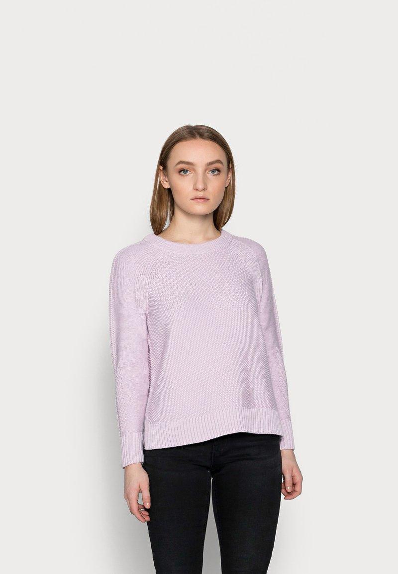GAP Petite - TEXTURED CREW  - Jumper - lilac