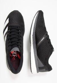 adidas Performance - ADIZERO BOSTON 8 - Laufschuh Wettkampf - core black/footwear white/grey five - 1
