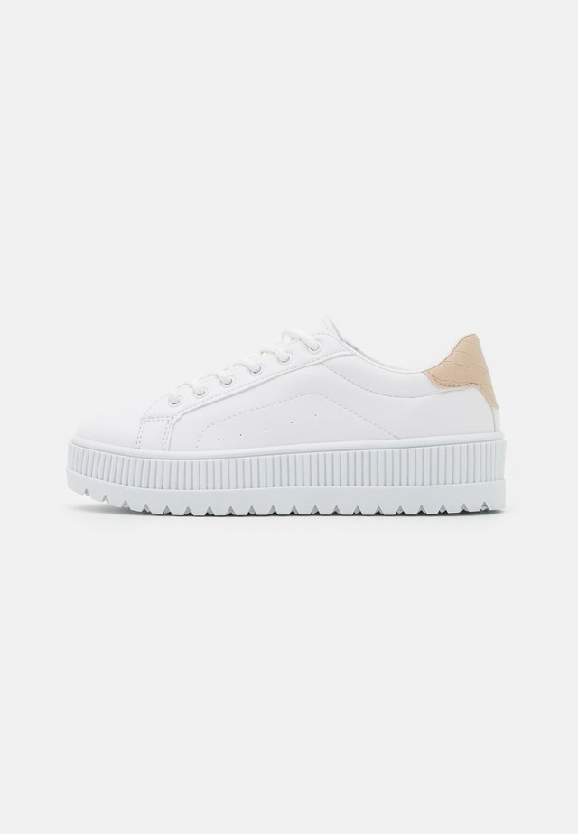 ABOVE & BELOW - Sneakers laag - beige/white