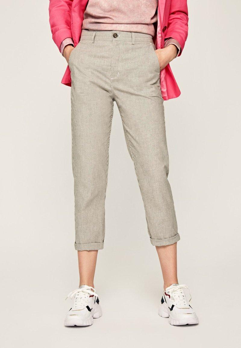 Pepe Jeans - MARIETA - Spodnie materiałowe - light brown