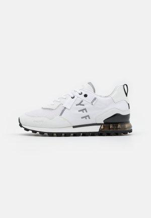 SUPERBIA - Sneakers laag - white